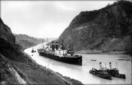 Panama Canal in 1915